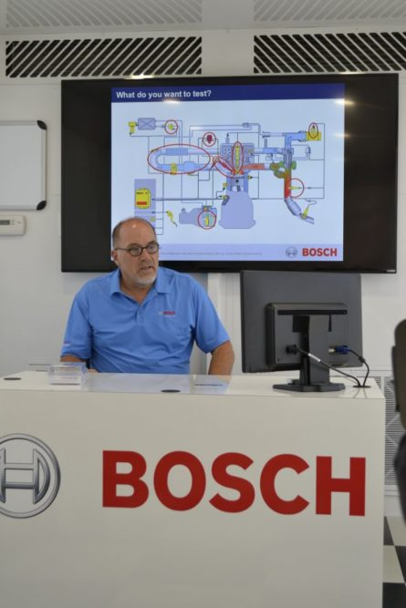 Bosch trains techs on GDI in a virtual reality garage