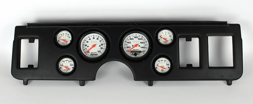 Classic Dash introduces panels for Fox Mustangs