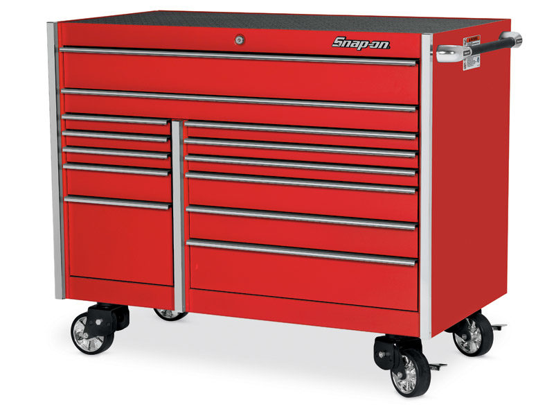 Get a free Snap-on Roll Cart through May 31