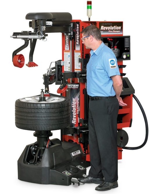 Hunter Adds 'WalkAway' Capability to Revolution Tire Changer