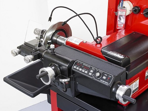Hunter Has New BL Series Bench Lathe