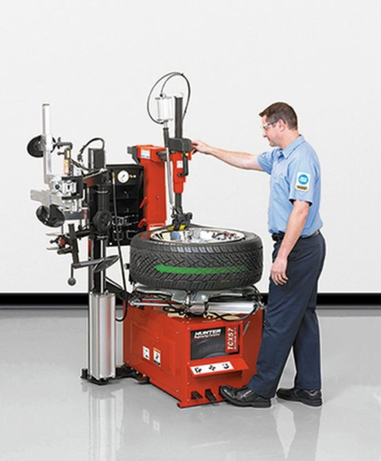 Hunter introduces next generation of tabletop tire changers