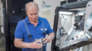 Mahle Combines 3D Printing, a Piston and a Porsche
