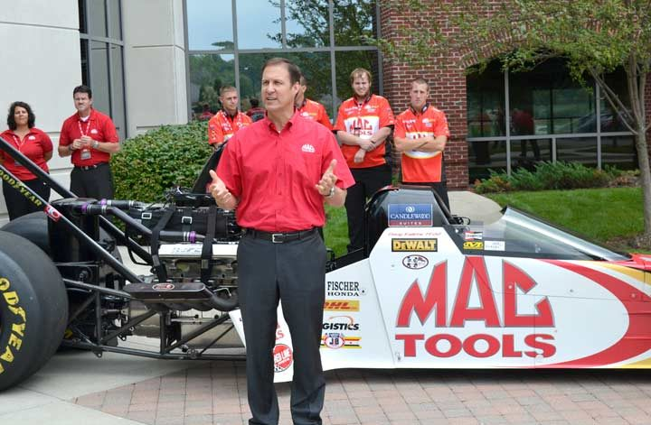 New Mac Tools product lines include cordless tools, versatile utility cart