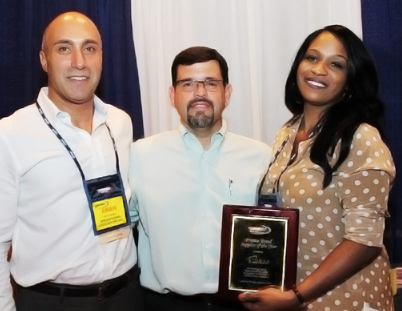 Pronto honors IDUSA for excellence in packaging, products and support