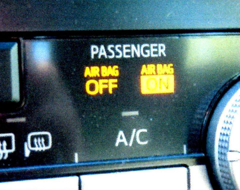 Touchy airbag-off light