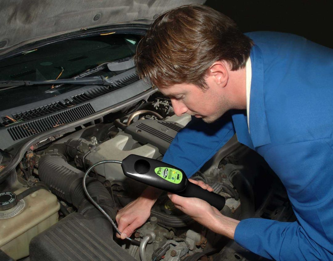 Tracer Articles Offers a Portable Refrigerant Leak Detector