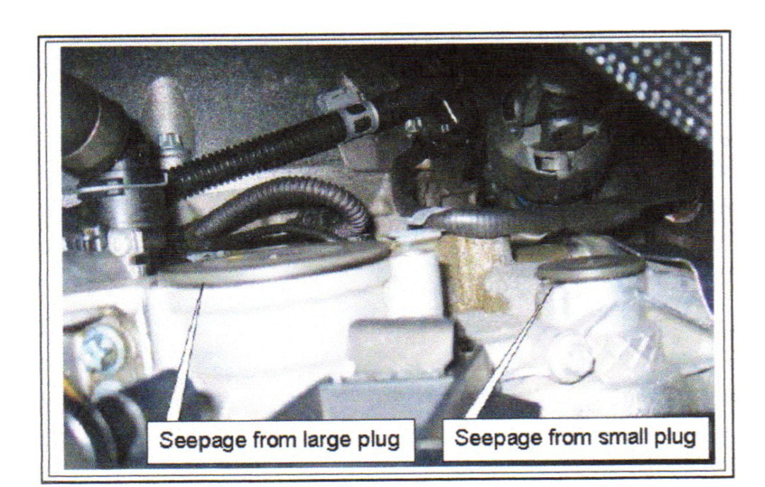 Use improved plugs for leaky Benz